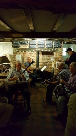 Folk Music Night at the Eels Foot